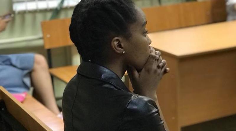Девушка которая пела в церкви