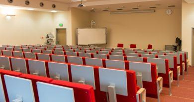 В России Евроазиатской богословской семинарии запретили принимать студентов
