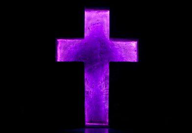 В Техасе атеисты потребовали снять кресты со зданий. Власти сделали их более заметными