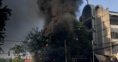 Христианка из Индонезии, выжившая после нападения на церковь продолжает благовествовать