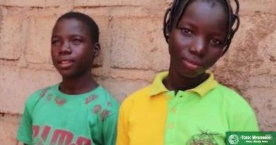 В Буркина-Фасо угроза от террористов мешает детям христиан вернуться в школу