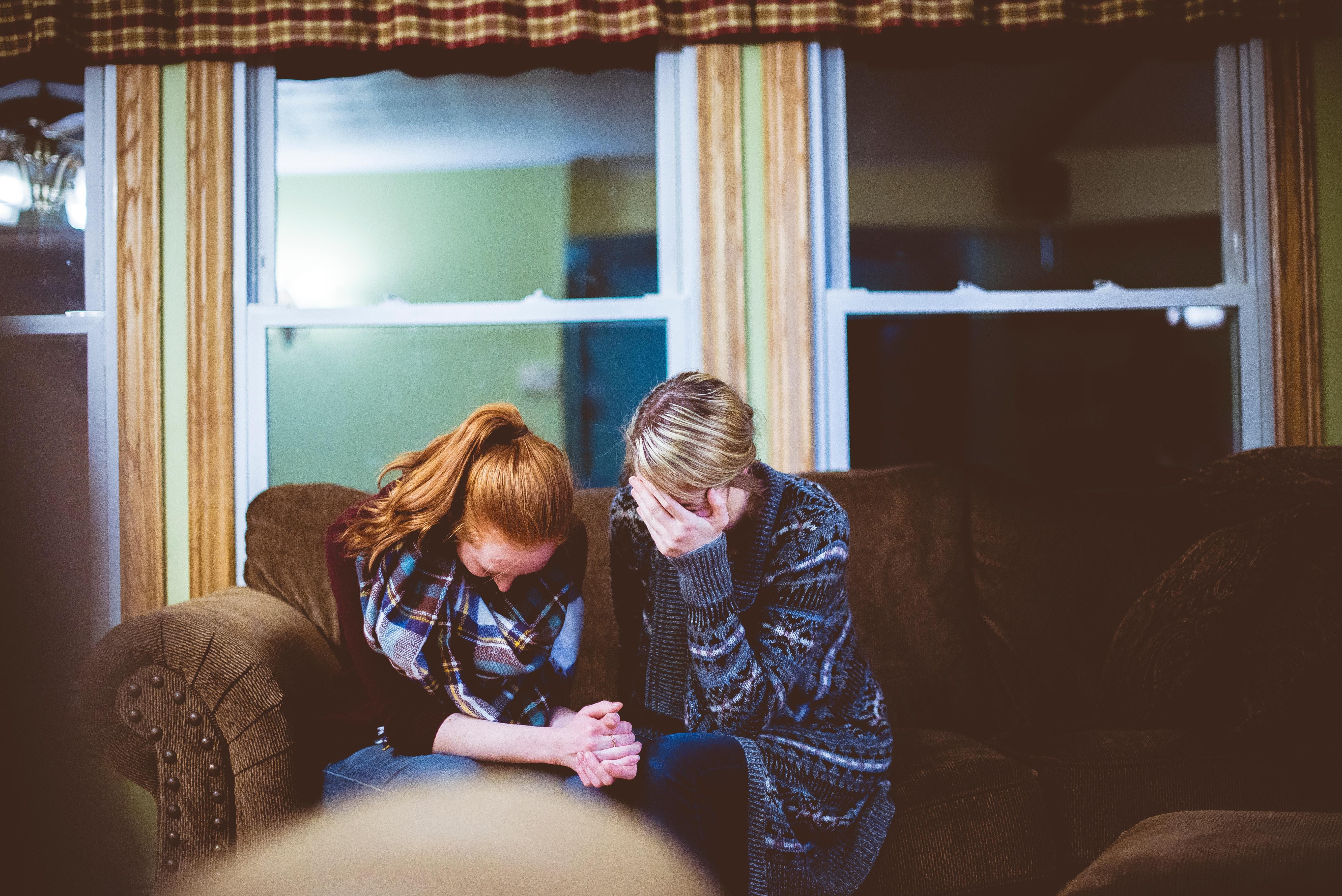 «Давай согласимся…»: Что такое молитва согласия и насколько она эффективна